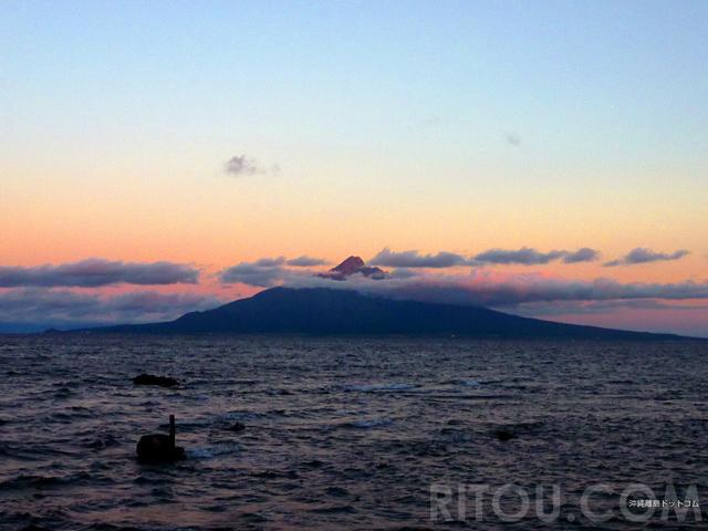 最北の富士山「利尻富士」を満喫!北海道・利尻島で縦走登山にプチ登山