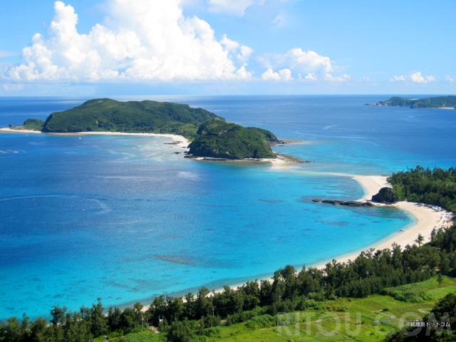 幻の道で島が繋がる!慶良間諸島の無人島「安室島」は神秘の島