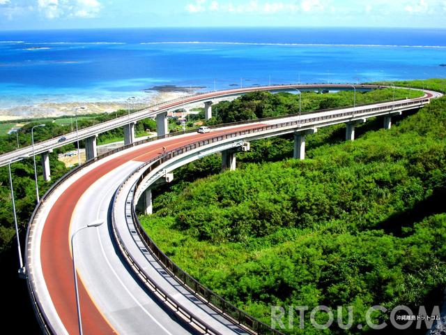 楽園へと続く橋!沖縄本島南部のニライカナイ橋での絶景の楽しみ方