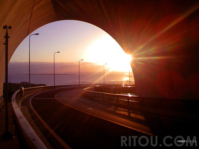 沖縄で初日の出!絶景朝日ならニライカナイ橋と知念岬公園で決定!