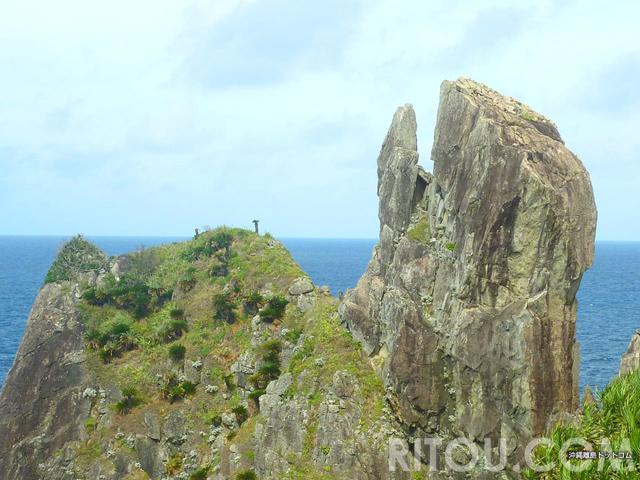 怪獣「ガメラ」が沖縄・久米島に!?島最南端の「鳥の口」を目指せ!