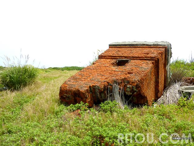 芸術的な廃墟あります!沖縄・北大東島の港近くは廃墟美術館