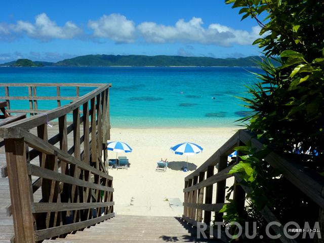 ビーチへの道のりにドラマあり!沖縄・座間味島の5つの絶景ビーチを探しに行こう