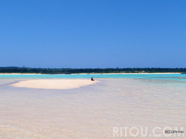 与論島の百合ヶ浜で幻の島に上陸!憧れの自分だけの無人島へ