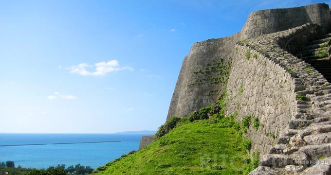 沖縄の城/グスクを無料で楽しむ。おすすめ城跡も世界遺産も0円!
