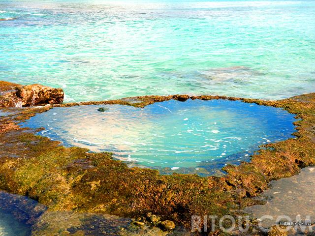 アクアマリン色のハート岩!奄美大島には青く輝くハートロックがある!!