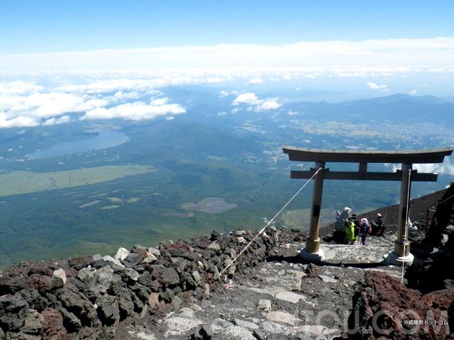 初めて富士山登るなら「吉田ルート」登山も観光も楽しめる