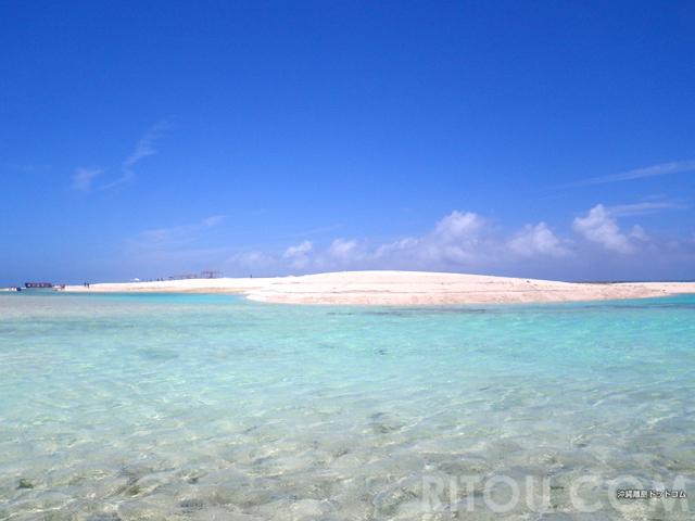 まだ夏は終わらない!10月以降の沖縄おすすめビーチ15選