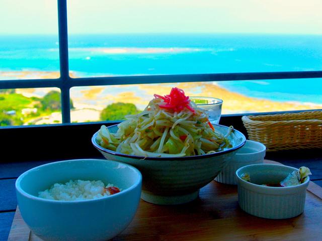 沖縄そばの日って知ってる?その日も役立つ沖縄そば屋ガイド